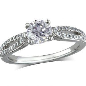 Single Diamond Rings
